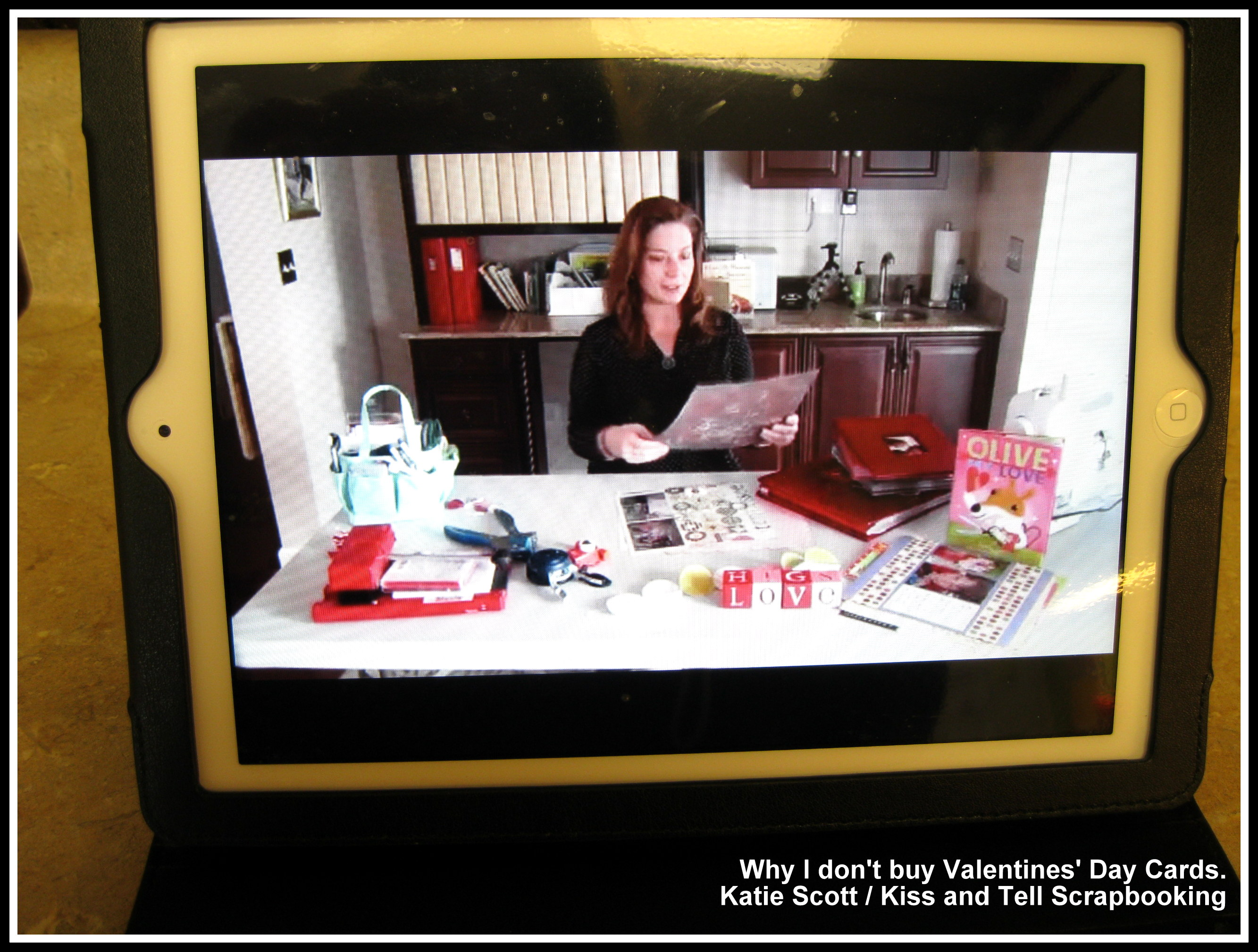 Scrapbook ideas mini books - Valentinesdaycards